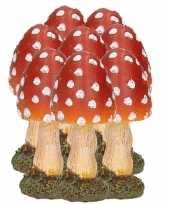 8x stuks decoratie paddenstoelen vliegenzwammen 8 cm